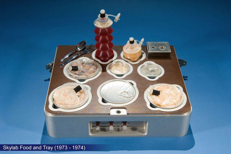 Nasa-skylab-food-tray-1973-1974